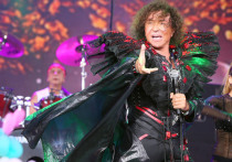 Валерий Леонтьев стал самым знаменитым российским исполнителем песни Шарля Азнавура «Une Vie D'Amour» («Вечная любовь»)