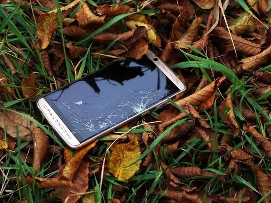 Полиция сможет без суда отслеживать мобильные телефоны пропавших детей