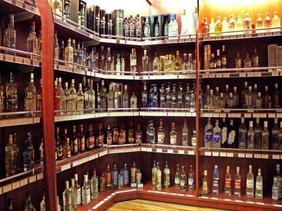 Минздрав поддержал продажу алкоголя с 21 года
