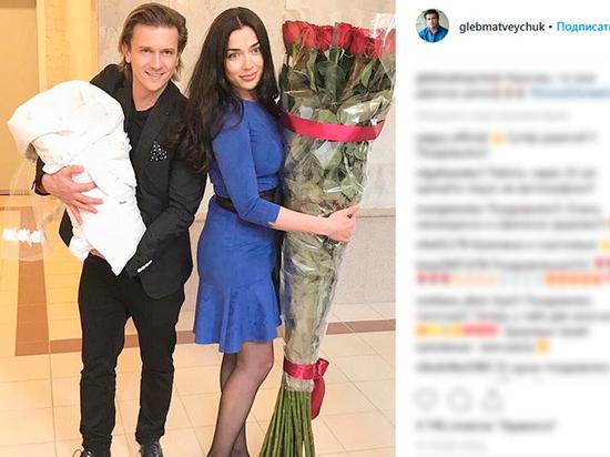 Ее мама — актриса Елена Глазкова