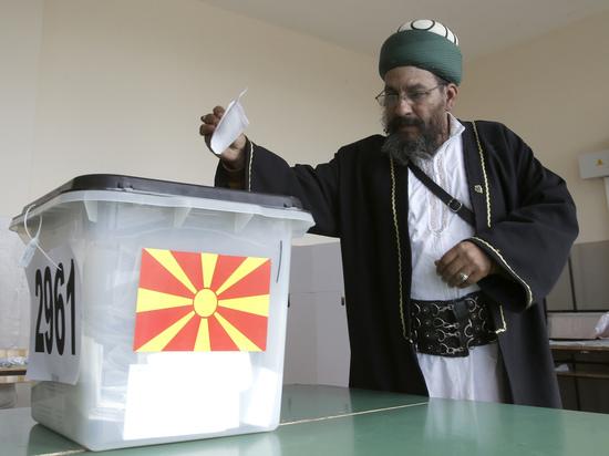 Из-за провала референдума в Македонии Россия может потерять Сербию