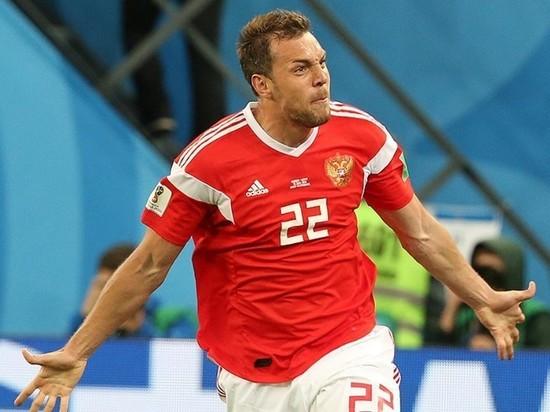 Черчесов назвал Дзюбу заменой Акинфеева как капитана