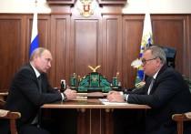Путин поддержал отказ от доллара по