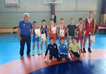 Калмыцкие борцы стали победителями турнира России