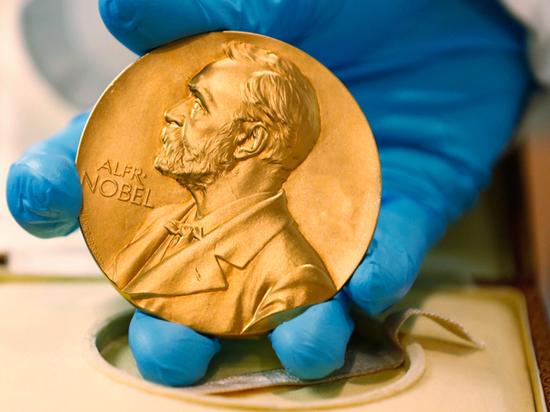 Нобелевскую премию присудили за прорыв в лазерной физике