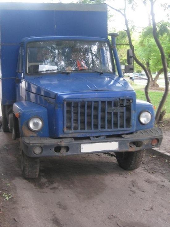 В Тамбове водитель грузовика, сдавая назад, насмерть сбил пенсионерку