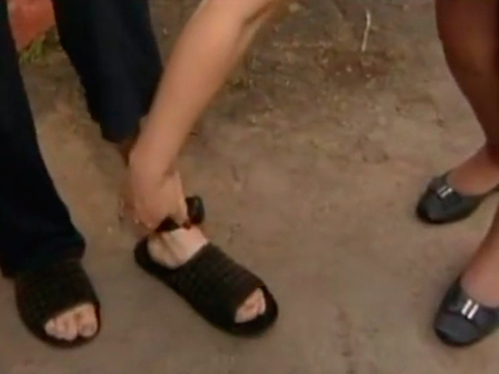 Минюст посоветовал надевать электронный браслет на носок