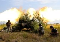 На полигон во Львовской области Украины прибыла крупная партия летального оружия и боеприпасов, включая ракеты, сообщает «Интерфакс» со ссылкой на осведомленный источник