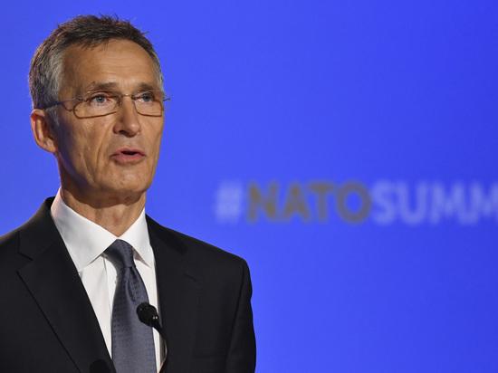 Столтенберг выразил обеспокоенность действиями Москвы