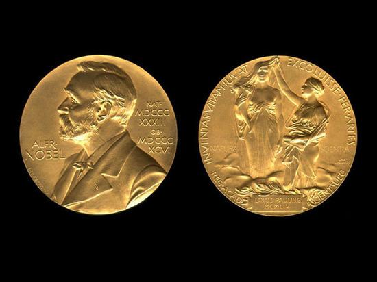 Нобелевскую премию по химии присудили за контроль над эволюцией