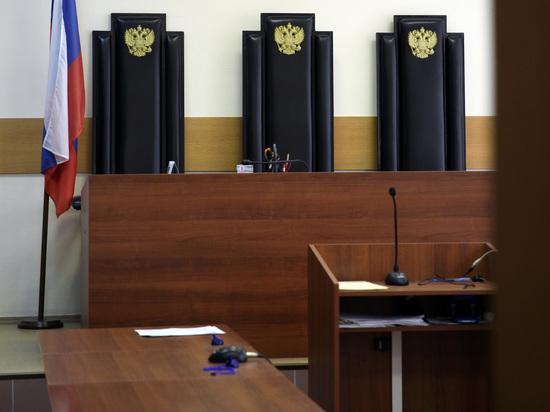 Мать-одиночку приговорили за подработку: не смогла жить на 4900 рублей