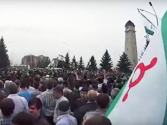 В Магасе открыли огонь на митинге против договора с Чечней