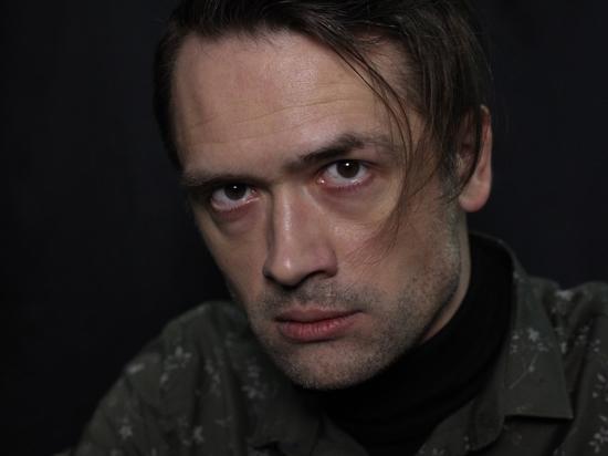 «Насмешило»: воевавший в Донбассе актер Пашинин поспорил о своих заслугах