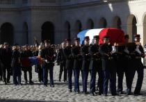 На церемонию прощания с Азнавуром пришли сразу три президента Франции