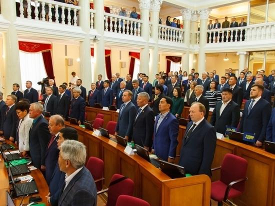 Ни левые, ни правые: в парламенте Бурятии создана депутатская группа
