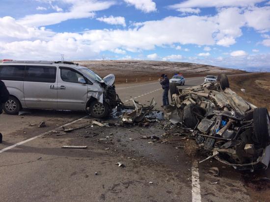 В Бурятии в ДТП погибли два человека