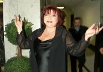 Степаненко намерена отсудить у юмориста половину имущества