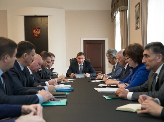 Бочаров сообщил о значительном расширении мер соцподдержки в регионе