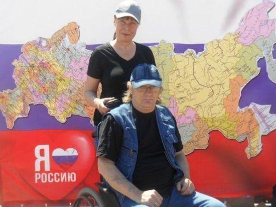В Костромской области инвалиду-колясочнику установят пандус, который устроит весь дом