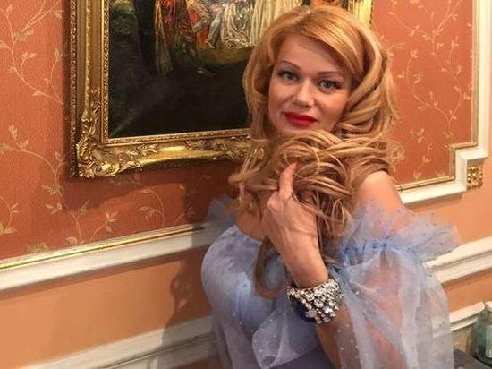 Российский модельер из Ростова Елена Грималовская: Пьер Карден взял меня за руку со словами «Super woman»