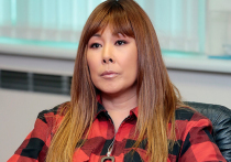 За два дня до начала большого гастрольного тура Анита Цой оказалась на больничной койке