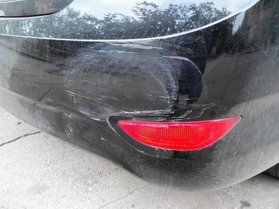 Четыре способа защитить бампер машины от повреждений