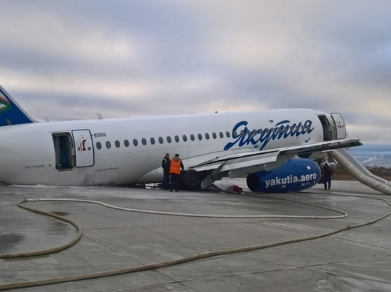 Эксперт объяснил аварийную посадку самолета в Якутске