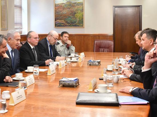 Биньямин Нетаниягу встретился с заместителем председателя правительства России Максимом Акимовым