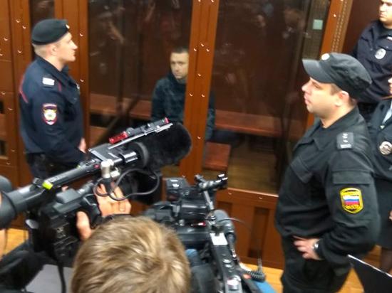 Вслед за другом: суд арестовал Мамаева на два месяца
