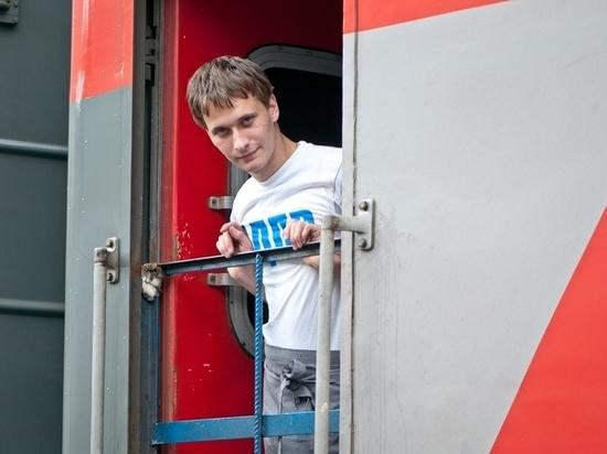 С 9 декабря изменится график движения поездов на СвЖД