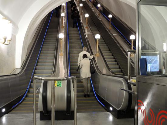 Влияет ли реклама в метро на психику