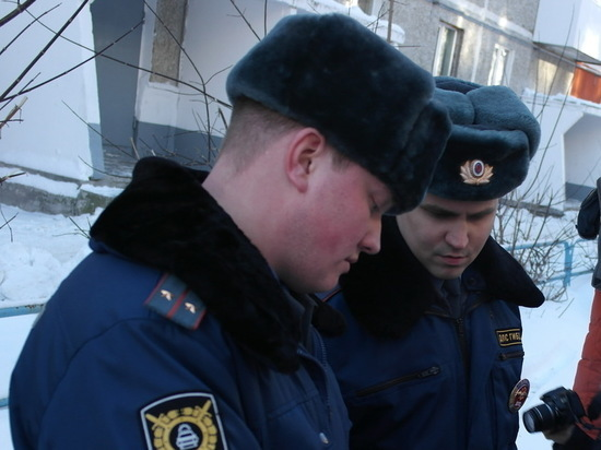 ГИБДД Свердловской области призвало водителей «переобуться»