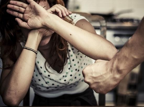 Житель Чувашии голыми руками до смерти забил сожительницу