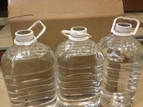 Под Тулой мать и дочь пойдут под суд за 15 литров потенциально опасного спирта