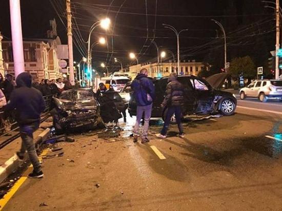 В страшном ДТП в центре Тамбова погиб 20-летний водитель