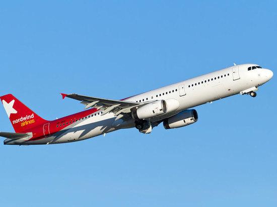 Летевший из Турции самолет совершил аварийную посадку в Уфе