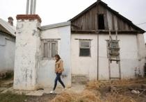 Волгоградка сделала из дома туалет, чтобы выжить из него соседей