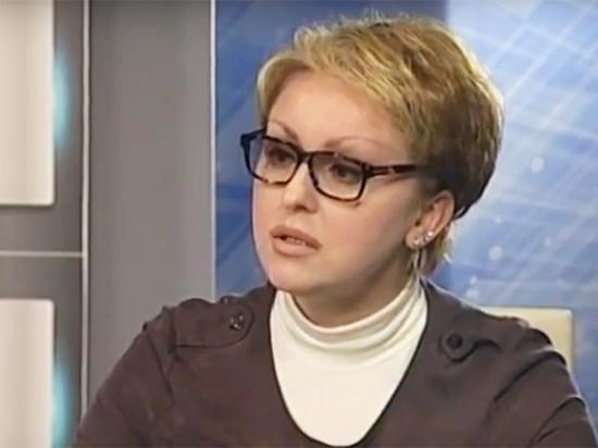 Саратовская экс-министр с «макарошками» считает, что кока-кола помогает похудеть