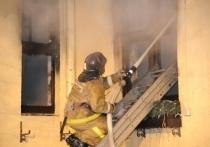 В пожаре на севере Волгограда погиб мужчина и пострадала женщина