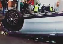 Иномаркой, упавшей с парковки в «Горбушкином Дворе», управлял автомойщик