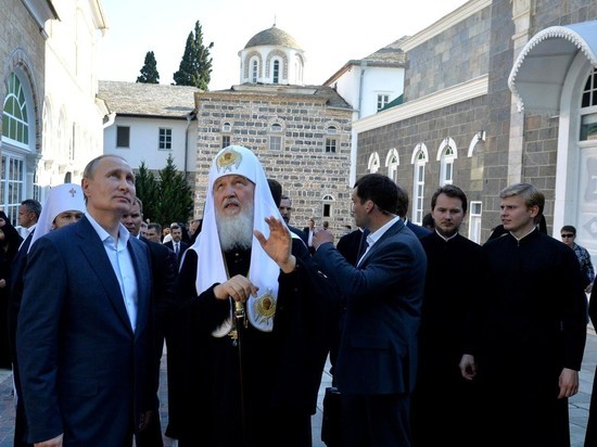РПЦ: прихожане теперь не смогут совершать обряды нагоре Афон