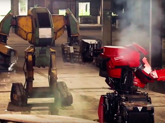 Илон Маск пообещал построить боевого робота