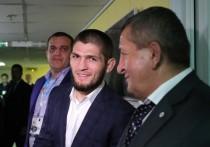 Дядя Нурмагомедова рассказал о его планах получить гражданство Украины