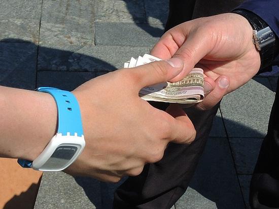 Исследование показало, что россияне все уважительнее относятся к коррупции