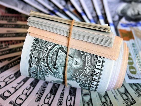 Bloomberg: скорый крах доллара предсказал глава крупнейшего фонда