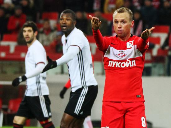 Глушаков потребовал 80 тысяч алиментов: адвокат рассказал о циничности футболиста