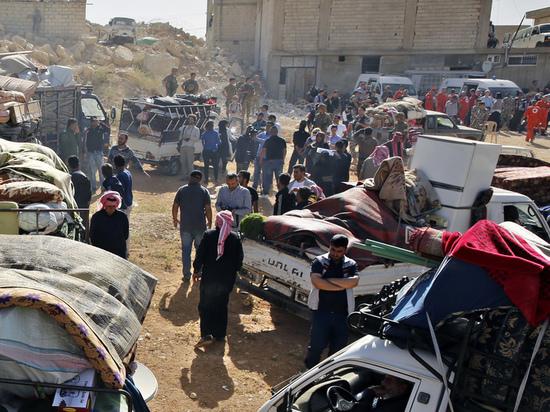 700 беженцев, плененные террористами в Сирии могут стать живым щитом
