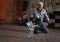 Воронежский мастер создал уникальную коллекцию сувенирного холодного оружия