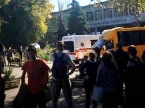 Mash: перед взрывом в колледже Керчи пытались захватить заложников
