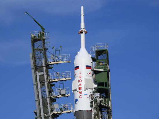 В Роскосмосе причиной аварии «Союза» назвали сбой сигнала